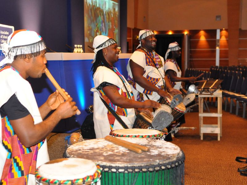 Act Highlight: Drumming Teambuilding